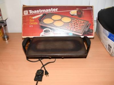 Toastmaster Electric Griddle Family Non-stick Grill Cooking Food, Size