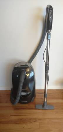Sears / Kenmore HEPA Canister Vacuum - Super Clean, Exc Cond.